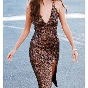 Sexy Thigh-Slit Sequin Midi Dress