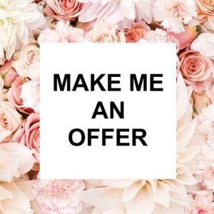 All Reasonable Offers 💖 considered 💖