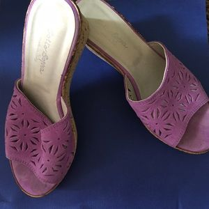 sotto sopra  Shoes - Sotto Sopra Purple Leather Wedge Heel Sandals Sz7