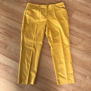 Larry Levine Pants - Yellow Cropped Pants