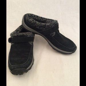Khombu Shoes - 🔥FINAL PRICE CUT🔥Khombu Shoes