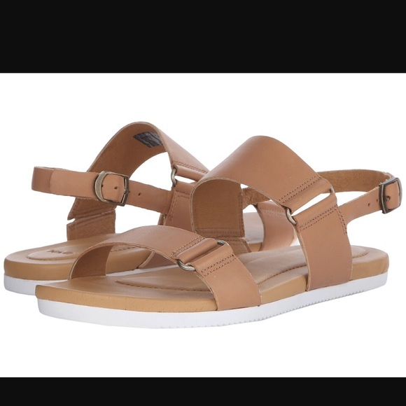 b5c98cd51f68 NEW TEVA AVALINA SANDAL LEATHER. Tan
