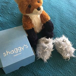 Trumpette Other - TRUMPETTE shaggy's baby slippers 12-18 months