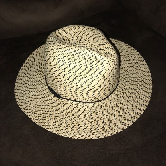 00acc2669a5 ✨Ecote Straw Hat✨. M 58e6d6cd620ff75215004806. Other Accessories ...