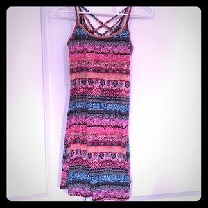 Criss cross back printed dress