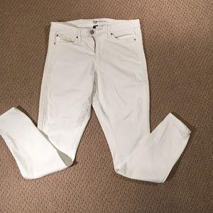 Gap Denim - GAP white denim legging/skinny jean