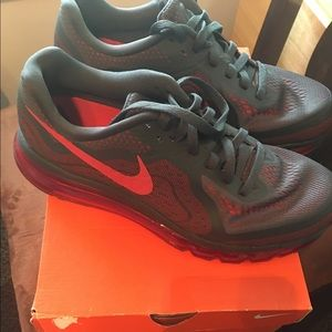Nike Other - Nike Air Max 2014