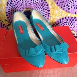Bandolino Aqua Leather Wedges with Bow  Sz 7