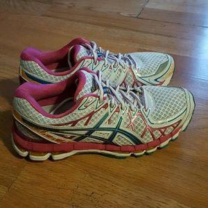 Asics Shoes - Asics Gel-kayano 20 size 9