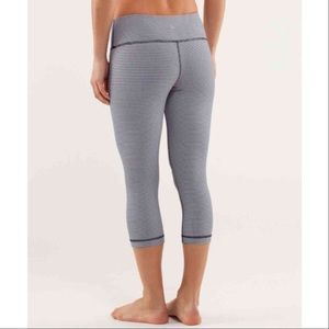 lululemon athletica Pants - Lululemon Wunder Under Crops Gingham Skinny Blue 8