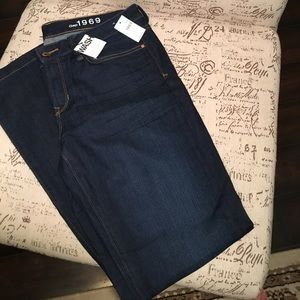 NWT The GAP Long and Lean Trouser
