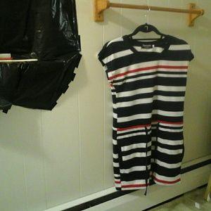 Dresses & Skirts - Summer dress size L new never worn