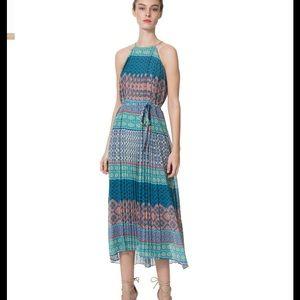 Donna Morgan tie back halter pleated dress size 2