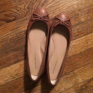 Banana Republic Leather Flats