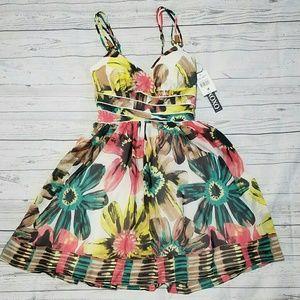 XOXO Dresses & Skirts - FINAL Xoxo baton rouge floral print dress