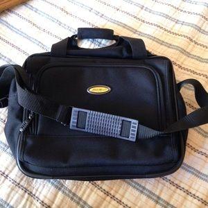 Other - Eddie Bauer shoulder bag, handles