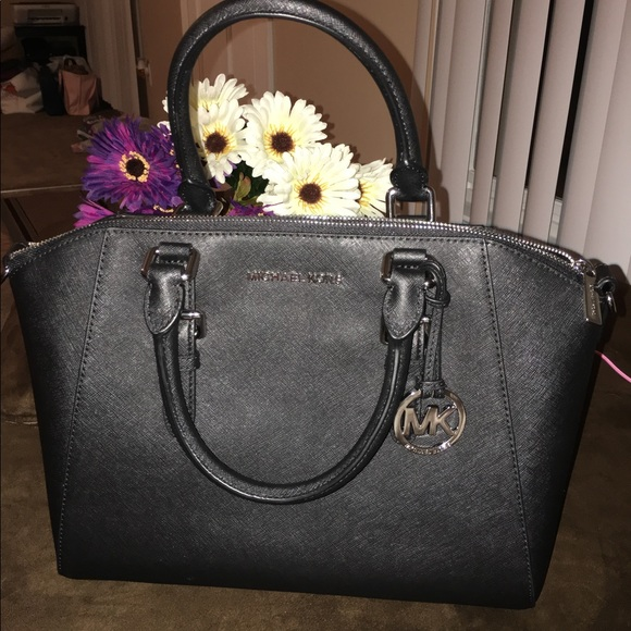 8959bb383bd24 Michael Kors Ciara Large Saffiano Leather Satchel