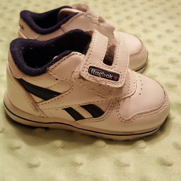 off Reebok Other ? $3 Baby Reebok Classic Tennis