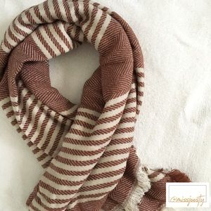 SALE  Cozy Scarf/ Shoulder Wrap NWT