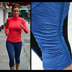 Lululemon Run For Your Gold Crop Size 2