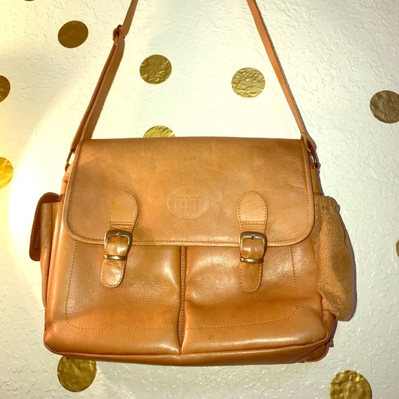 Ministry Ideaz leather bag in Tan rustic color