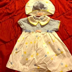 Youngland Other - DRESS WITH MATCHING HAT, size 24 months