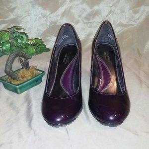 Vera Wang Shoes - ✨Simply Vera Vera Wang pumps