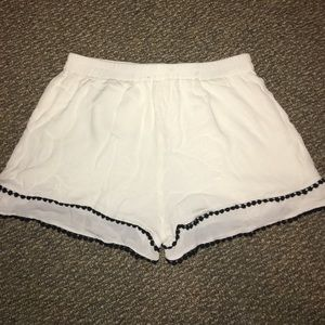 Boy Meets Girl Pants - Off white Fabric Shorts