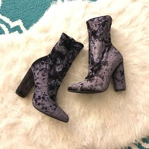 Shoes - Velvet Smokey Violet Boots!