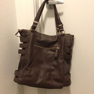 Deena & Ozzy Handbags - Brown pleather bag with removable shoulder strap