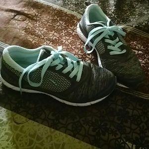 L.A. Gear Shoes - L.A. Gear Tennis Shoes