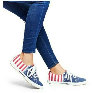 Superga Shoes - Superga 2950 in Sizes 7--7.5--8-- 8.5--New in box