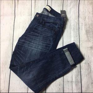 Abercrombie & Fitch Denim - 🆕Perfect pair of boyfriend jeans 👖 💕
