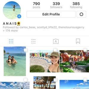 Follow me on Insta!😜📷