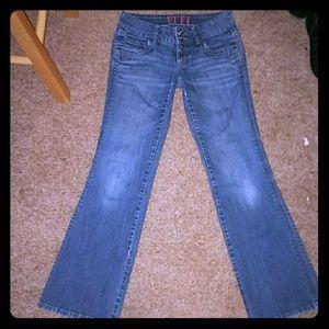New! *Elle Flare Jeans!* NWOT!!!