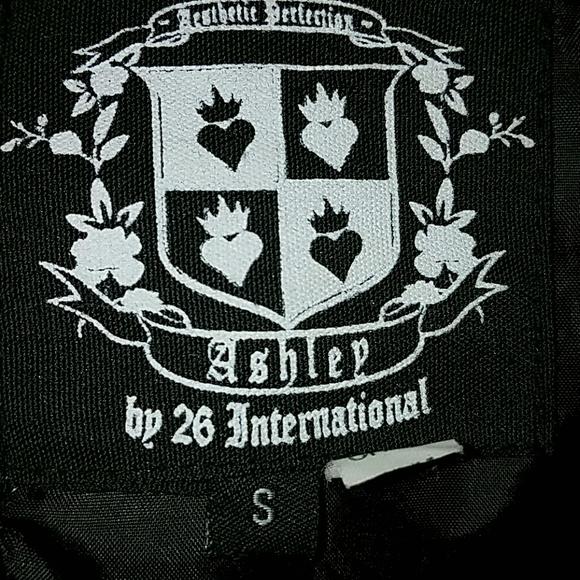26 International Jackets & Coats - CCO *Black Trench Coat*