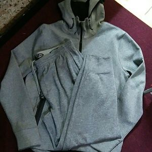 Champion Other - NWOT! 2 PC SWEATSUIT