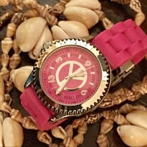 Accessories - 💐HOT PINK & SILVER TONED WATCH WITH PEACE SIGN