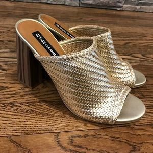 HP 🎉 Gold woven mules size 9 NWT