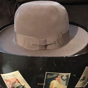 3887c31632f Borsalino Accessories - Men s vintage Borsalino Fedora Marque Grand Luxe