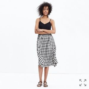 Madewell Dresses & Skirts - Madewell Sidewalk Midi Skirt in Buffalo Check