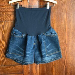 Oh Baby by Motherhood Pants - Full panel maternity shorts