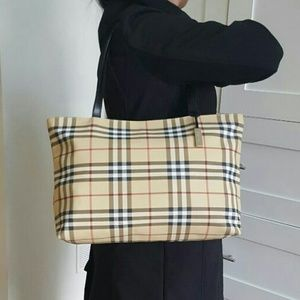 Burberry Handbags - BRAND NEW AUTHENTIC WITHOUT TAGS!!!!
