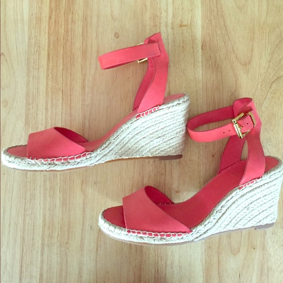 b2b42adc10c Vince Camuto Tagger Espadrille Wedge. M 58e7b9be56b2d6ea18009c28