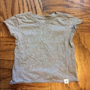 Burt's Bees Baby Other - Burt's Bees Baby 100% Organic Cotton T-Shirt 6-9mo