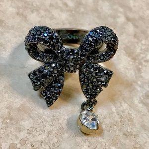 Betsey Johnson Dark Silver Hematite Bow Charm ring