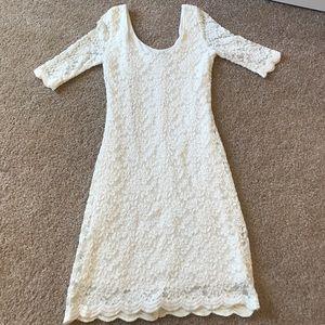 Xtraordinary Dresses & Skirts - 💍💍White LACE dress 👗👗