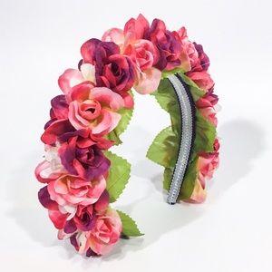 Handmade by Pretty Scandalous Designs