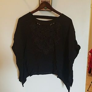 Cropped embroidered top!