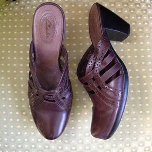 Clarks Brown Leather Mules Clogs Shoes Strappy 9.5